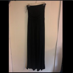 Black strapless maxi dress (with pockets 🤗)